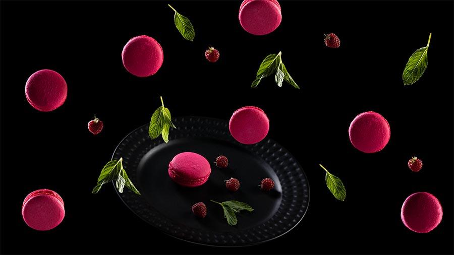 Креативная фотосъемка пирожных Macaroons. Левитация в кадре.